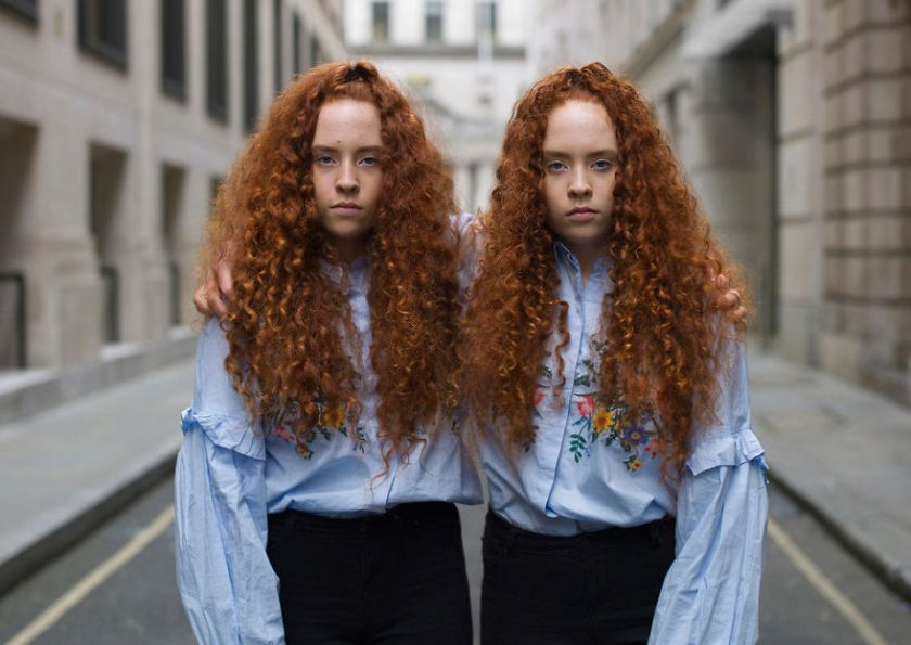 london-identical-twin-portraits-alike-but-not-like-peter-zelewski-19-5abb65e012f4e__880 Portraits Of Identical Twins Show Just How Different They Are Art Design Photography Random