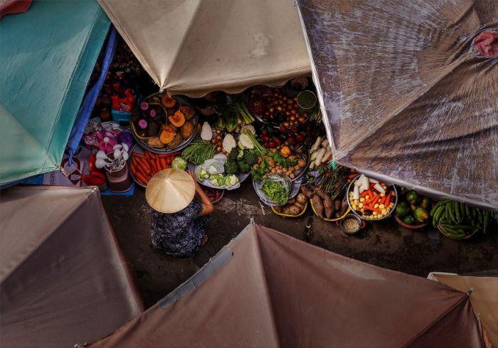 Umbrella Market, Travel Finalist