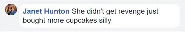 bakery-fat-shamed-girl-cupcakes-revenge-vega-blossom-indiana-21-5ac5d2f9e45b4__700 Teenager Fat-Shamed In A Bakery Comes Up With A Genius Revenge On The Spot Design Random