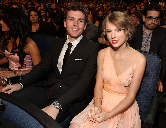 Taylor Swift With Her Brother Austin