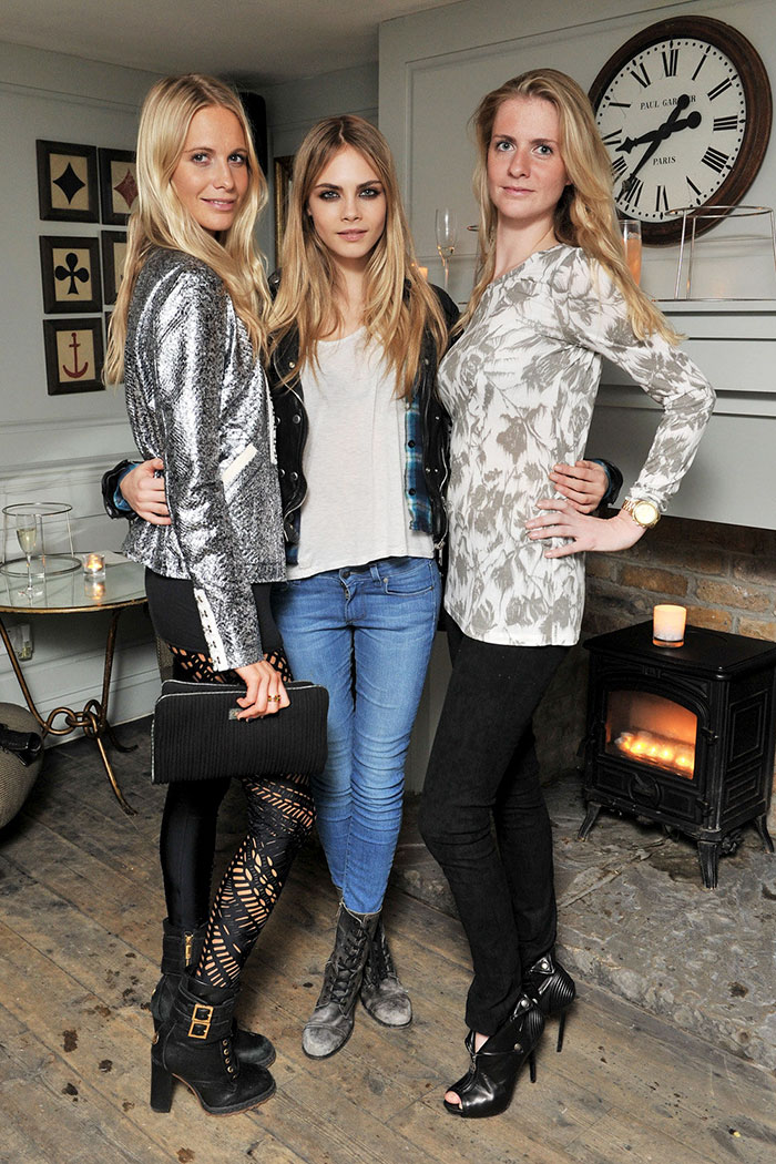 Cara Delevigne With Her Sisters Poppy And Chloe