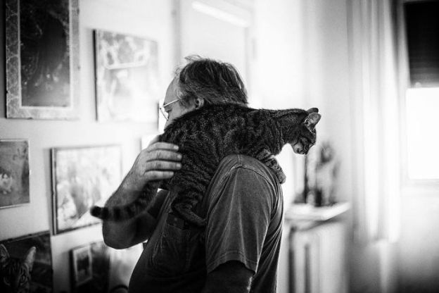 I-photograph-men-with-their-cats-and-the-result-is-cuteness-overload-5b03baba93df0__700 I Photograph Men With Their Cats And The Result Is Cuteness Overload! Design Photography Random