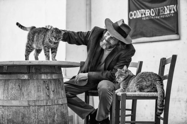 IMG_3828-5b02f2811b446__700 I Photograph Men With Their Cats And The Result Is Cuteness Overload! Design Photography Random