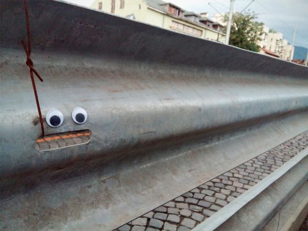 eyebombing-121-1024x768-5aebcce06c740__880 I Bring Bulgarian Streets To Life By Putting Googly Eyes On Random Objects (New Pics) Art Design Random