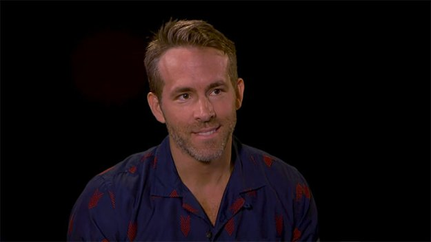 funny-insult-playground-ryan-reynolds-josh-brolin-4-5afc2d042057e__700 Ryan Reynolds And Josh Brolin Take Turns Insulting Each Other, And It Escalates Hilariously Design Random