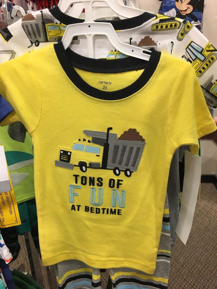 Esta Se supone que es una camisa para niños