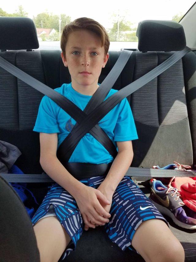 Cuando tu pariente mayor esta estudiando a conducir