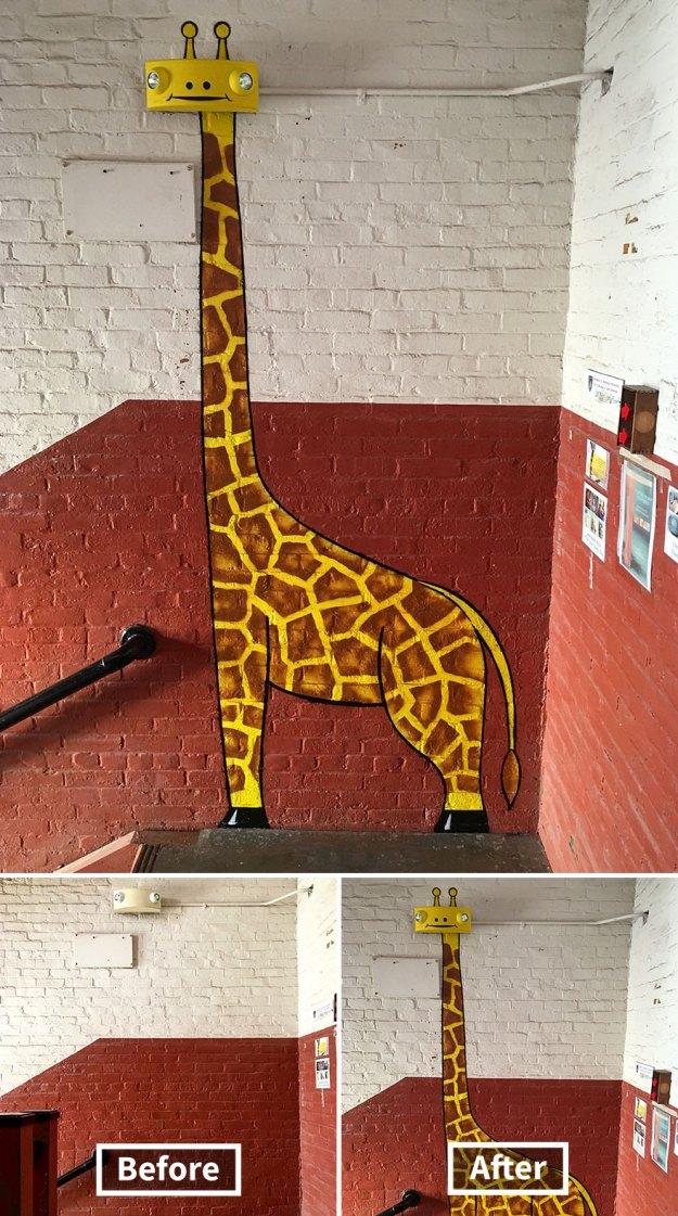 street-art-tom-bob-new-york-city-33-5b169f9e1a5f9__880 Genius Street Artist Is Running Loose In New York, And Let's Hope Nobody Catches Him (30+ New Pics) Art Design Random