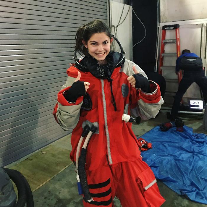 Bhoy7SBl0gX png  700 - Conheça a possível menina astronauta da NASA que viajará a Marte em 2033