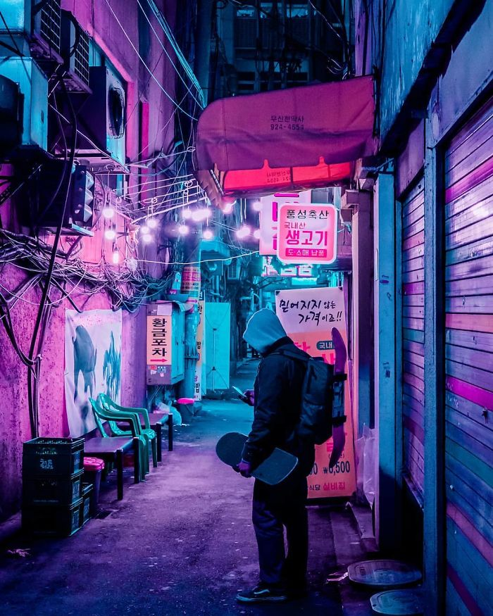 20-Photos-From-Neon-Hunting-in-a-Cyberpunk-City-Tour-5b7678658211d__700 20+ Photos From My Neon Hunting In Cyberpunk Cities Of Asia Design Photography Random