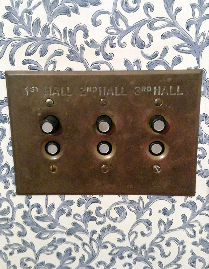 My House Still Has Old-Fashioned Light Switches From Its Original Construction