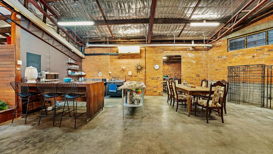 old-warehouse-home-brisbane-australia8