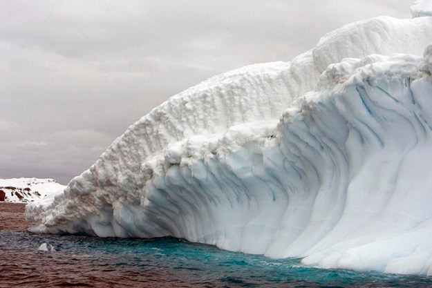 interesting-antarctica-facts-south-pole-5bd9a600e758b__700 27 Unbelievable Facts About Antarctica That Are 100% True Design Random