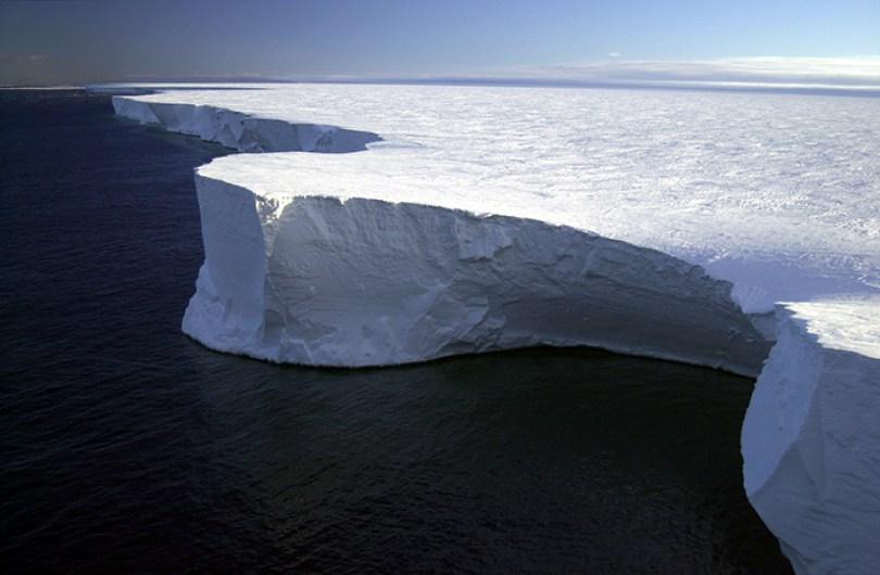 interesting antarctica facts south pole 5bd9c04836a74  700 - 14 fatos sobre a Antártica que você provavelmente ainda não sabia