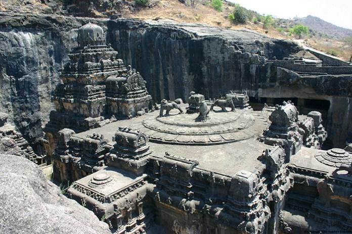 kailasa-stone-temple-ellora-india-tourism-2