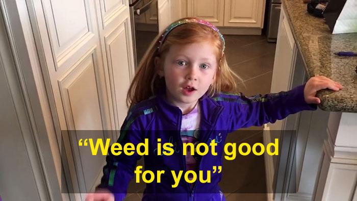 colegiala-dice-maestro-padre-creciendo-hierba-2