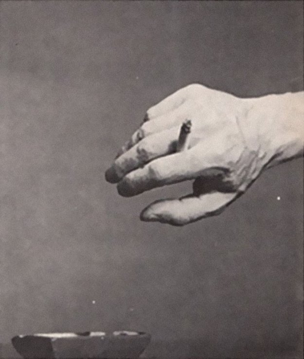 cigarette-psychology-1959-caper-magazine-dr-william-neutra-4-5bee968b2e936__700 Bizarre 1959 'Cigarette Psychology' Article Explains 9 Ways People Hold Cigarettes And What It Says About You Design Random