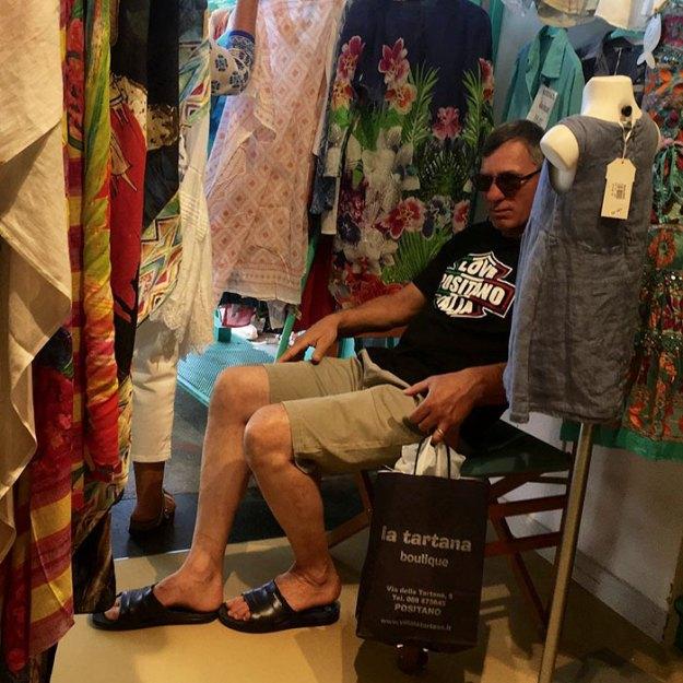 funny-miserable-men-shopping-photos-116-5bff9cc9644da__700 86 Funny Photos Of Men Shopping With Their Ladies Design Random