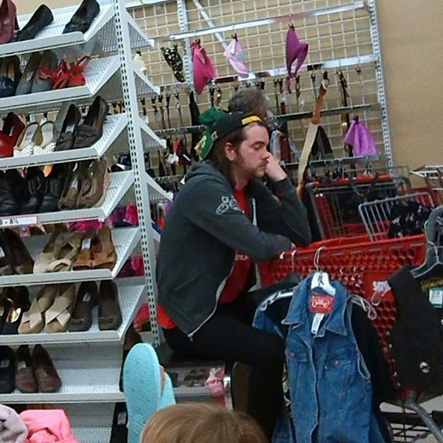 funny-miserable-men-shopping-photos-47-5bff9c38250c6__700 86 Funny Photos Of Men Shopping With Their Ladies Design Random