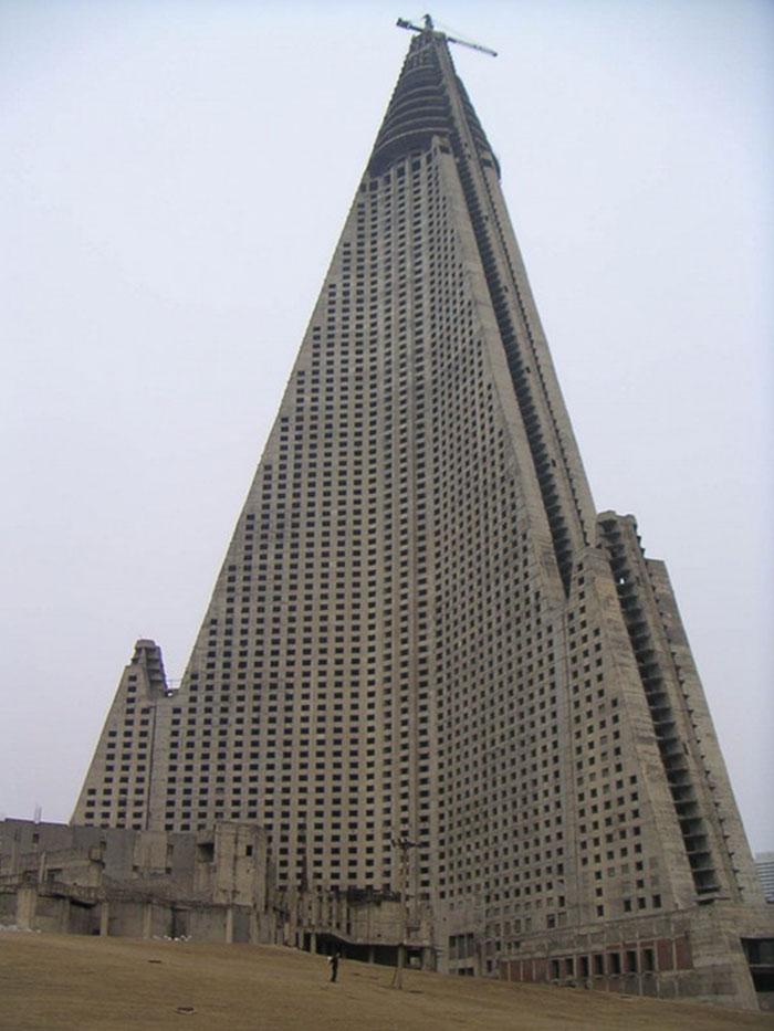 Ryugyong Hotel In Pyongyang, North Korea