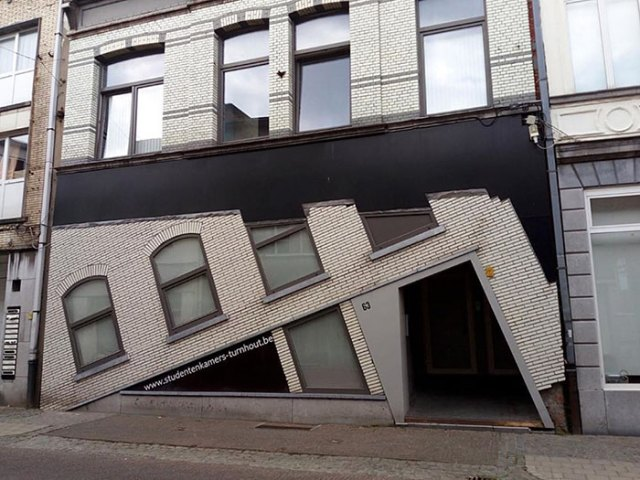Belgian Guy Documents Ugly Houses He Sees And They're So Bad, It's Hilarious (30 Pics)