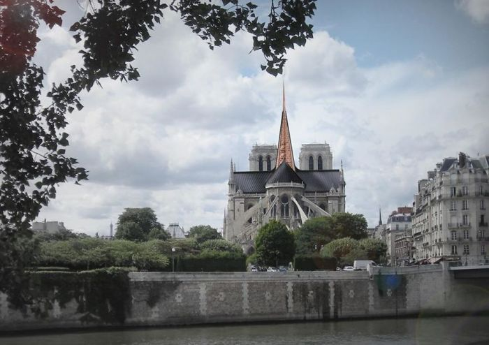 13 Architects Suggest Notre Dame Cathedral Reconstruction Designs