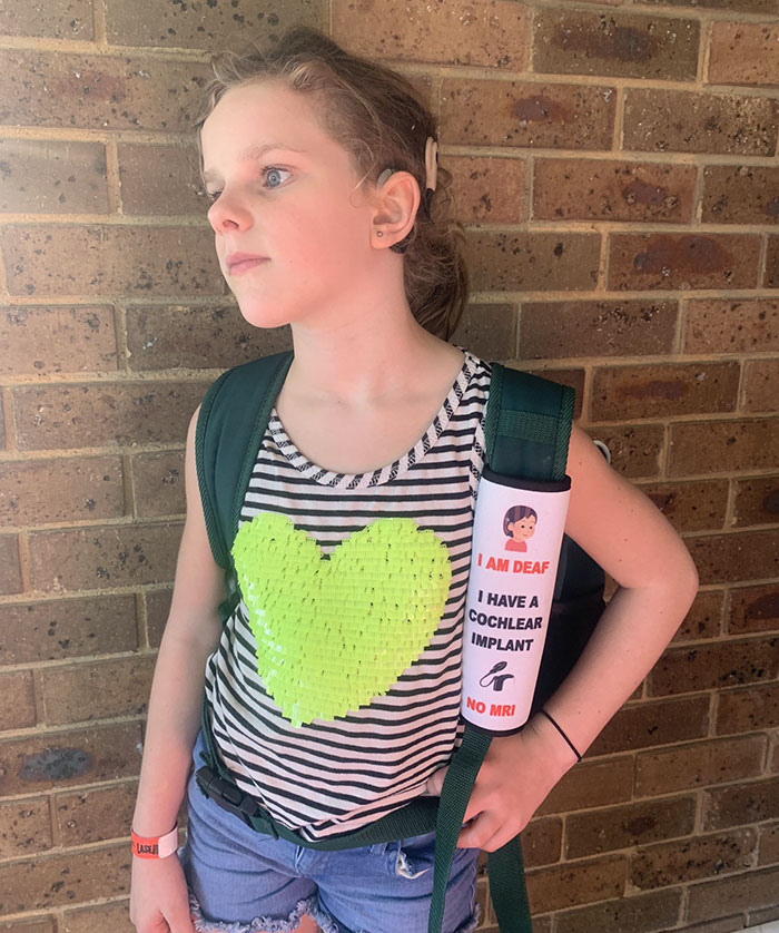 Mother Creates Seat Belt Covers That Would Warn Emergency Workers About Children's Health Issues 5