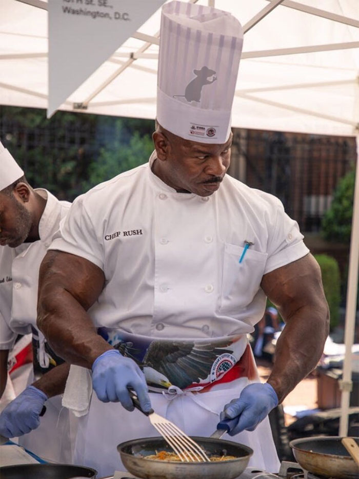 People Notice That This White House Chef Is Something Way Out Of The Ordinary, Even Start A Photoshop Battle 18