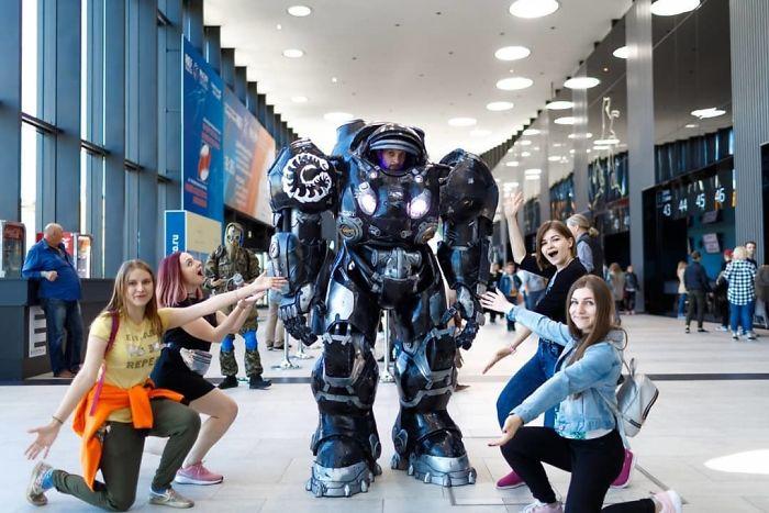 BzWAKOFoKCI png  700 - Melhores cosplays da Russia Starcon 2019