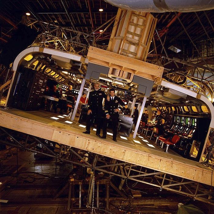 behind the scenes of hollywood movies 60 5d1dbc9c3791e  700 - Fotos tiradas dos bastidores de alguns filmes