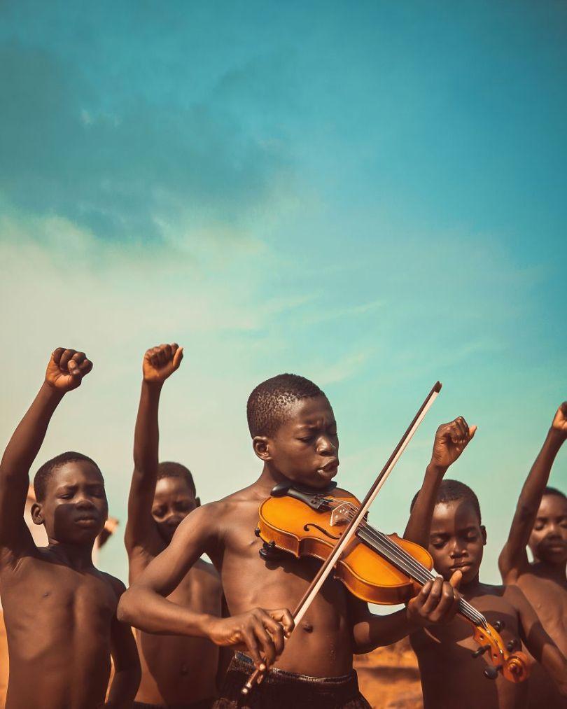 Songs Of Freedom by eighthman Ghana Michael AboyaAGORA images 5d6fc6ed436b4  880 - As imagens mais inacreditavelmente incríveis de 2019