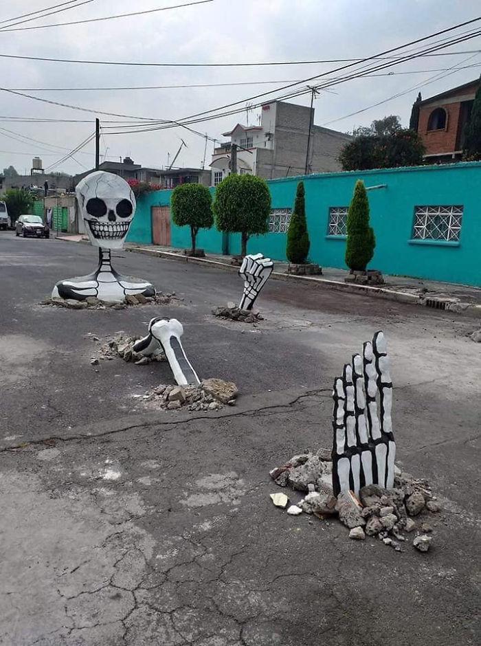 Great Decoration For Dia De Muertos In México