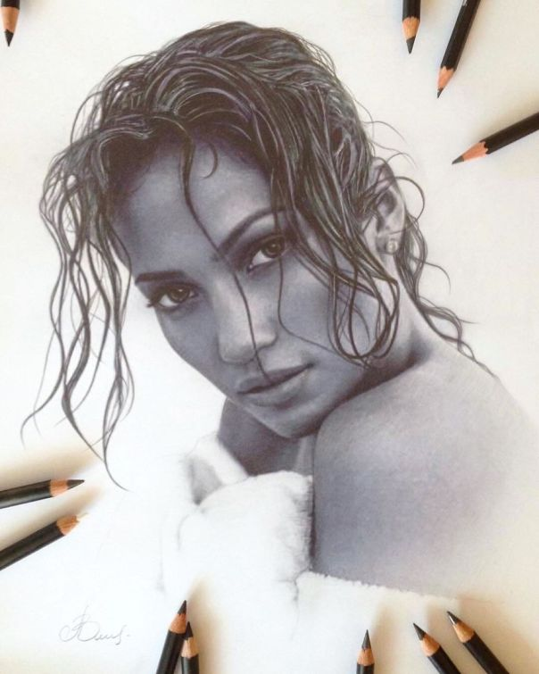 Artist Makes Amazing Hyper-Realistic Drawings Using Only Colored Pencils
