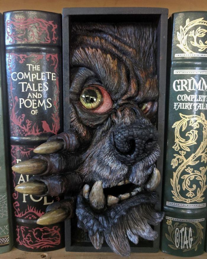 An American Werewolf In My Bookshelf