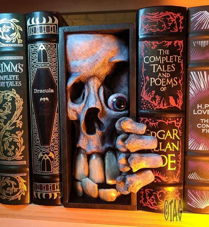 Dr. Lloyd Kranio Bookshelf Monster