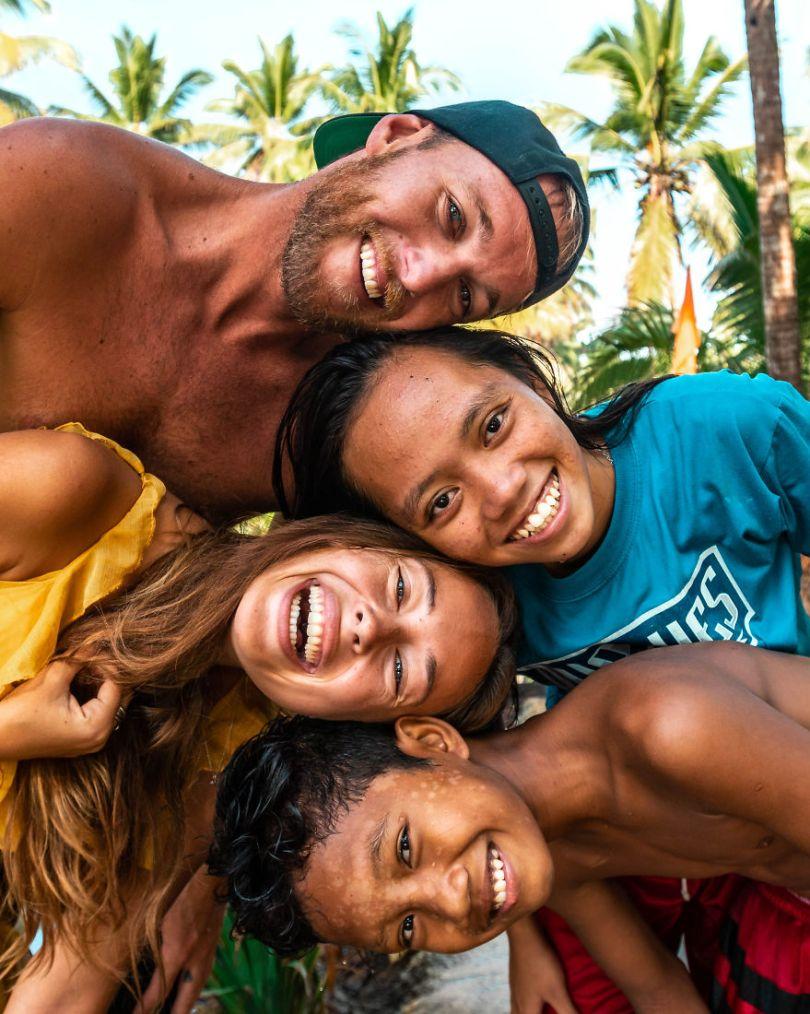 Filipino kids by makymatt Czech Republic 5e8f3ccb98b53  880 - As 50 fotos profissionais mais alegres de 2020!