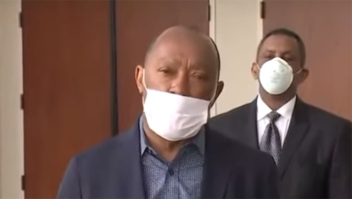Houston Mayor Sylvester Turner Doesn't Seem To Understand How To Put On A Medical Mask Either. Mayor, Your Nostrils Are Showing