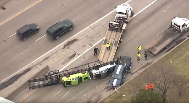 Trailer Full Of New 2020 Shelby Gt500s Tipped Over In Detroit Today.