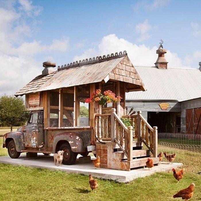 Creative-Chicken-Coops-Designs