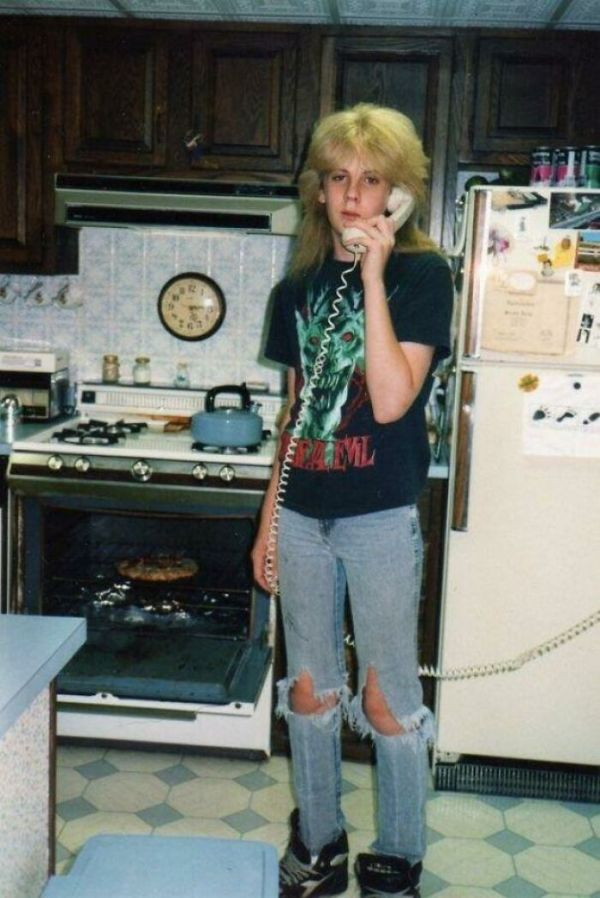 Anyone Else Want To Bring Back Kitchen Phones With The 10 Ft Cord?