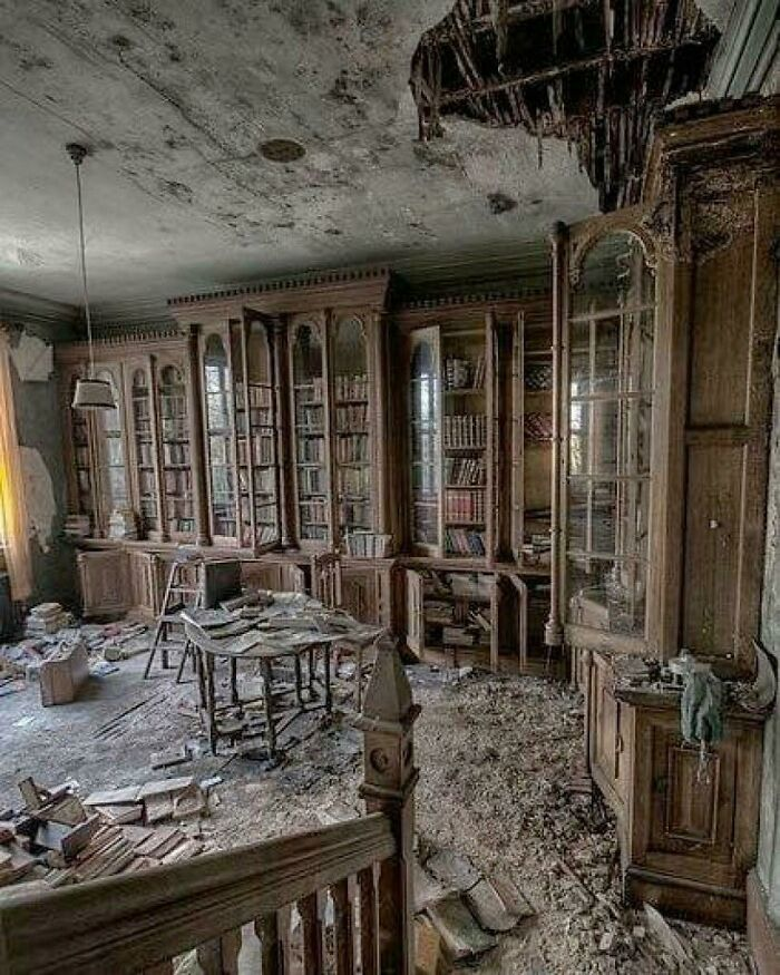 A Library Inside An Abandoned 19th Century Mansion
