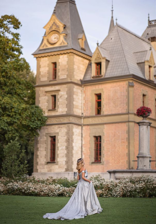 I Created Cinderella Themed Photos At A Swiss Castle (19 Pics)