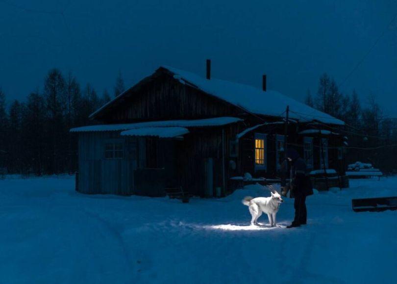 Photographer Alexey Vasiliev shows the daily life of Russias coldest region 60375571637a1  880 - Qual a menor temperatura já registrada na Terra?