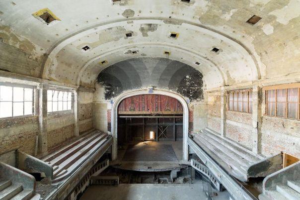 Vittorio Theater, Belgium