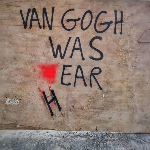 👂🔪 #vangogh #vincentvangogh #ear #cut #oakoak #streetart #urban #art #oreille #fun #paris #iwashere