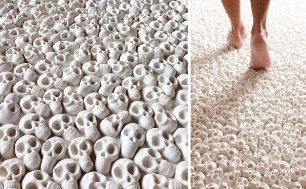 This Skull Carpet