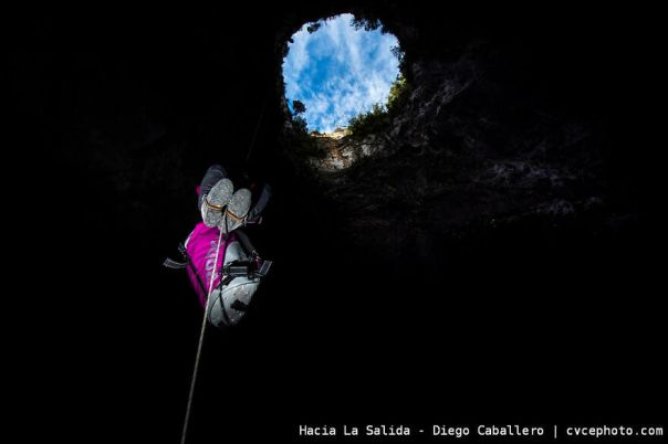 Hacia La Salida - Diego Caballero