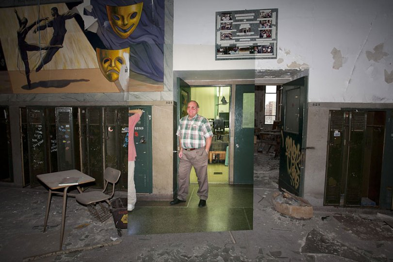 then and now abandoned school in detroit 8 - Fotos de uma escola abandonada em Detroit (antes e depois)