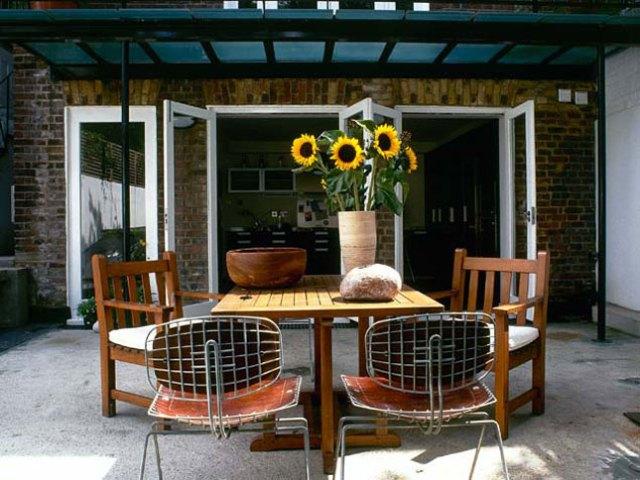 15 idee per arredare balconi terrazzi e verande guida - Verande per giardino ...