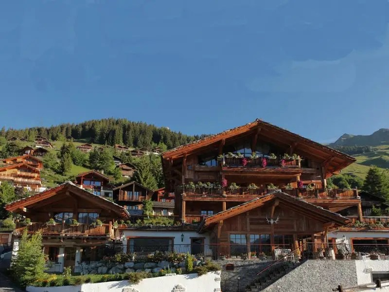 This insanely large home in the Swiss Alps is on sale for $71 million. The home is known as the L-Raphael chalet and is in the heart of Verbier's ski resort.